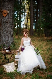 Northern California foothills have access to many forested areas you might choose for a wedding